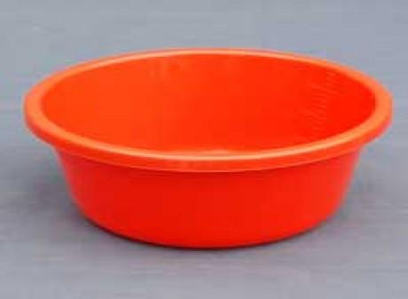 PLASTIC TUB'S
